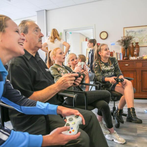 Gamen brengt mensen samen